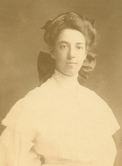Dorothy Michaelis Theomin.