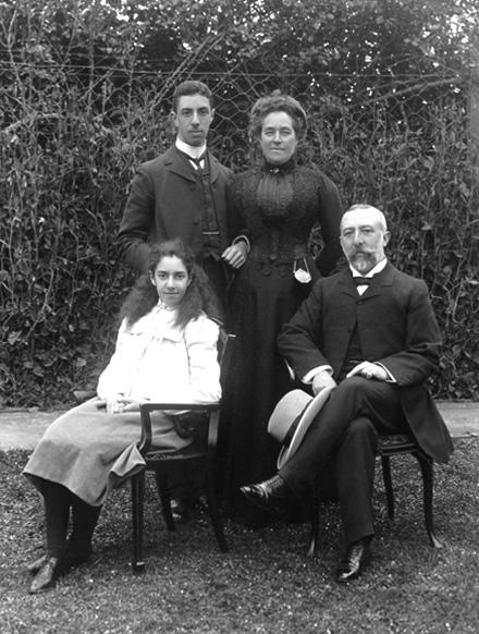The Theomin family.